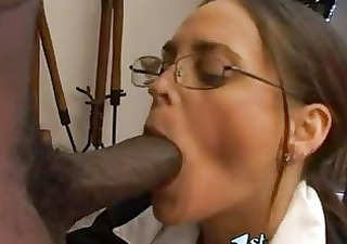 Hot matured Cheyenne Hunter thumps a monster