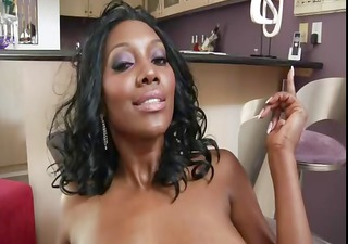 Hot ebony MILF Nyomi Banxxx with a bubble booty