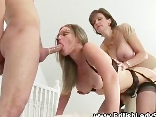lady sonia uses ding-dong to spitroast babe